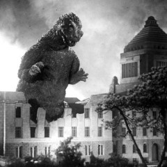 Is Honda's 1954 Godzilla reminiscent of the Japanese Nuclear Bombings?